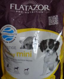Особенности корма для собак Флатазор